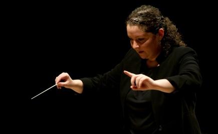Zahia Ziouani et L'Orchestre SymphoniqueDivertimento
